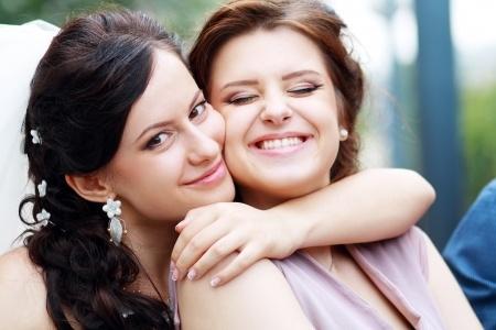Bride hugs MOH