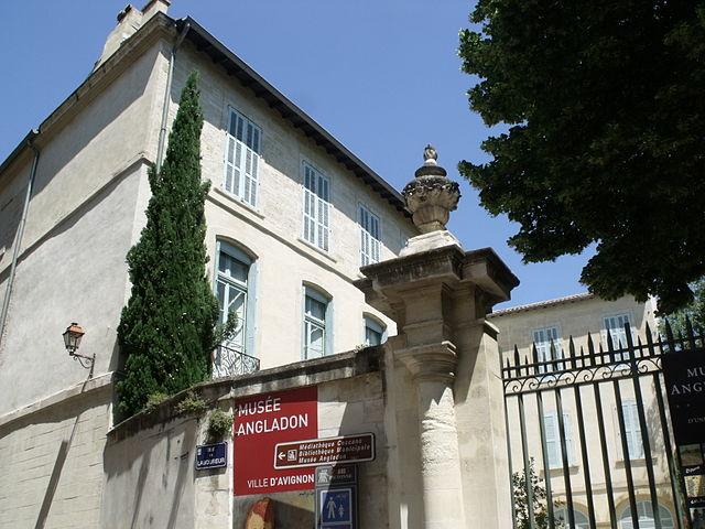 Avignon Square