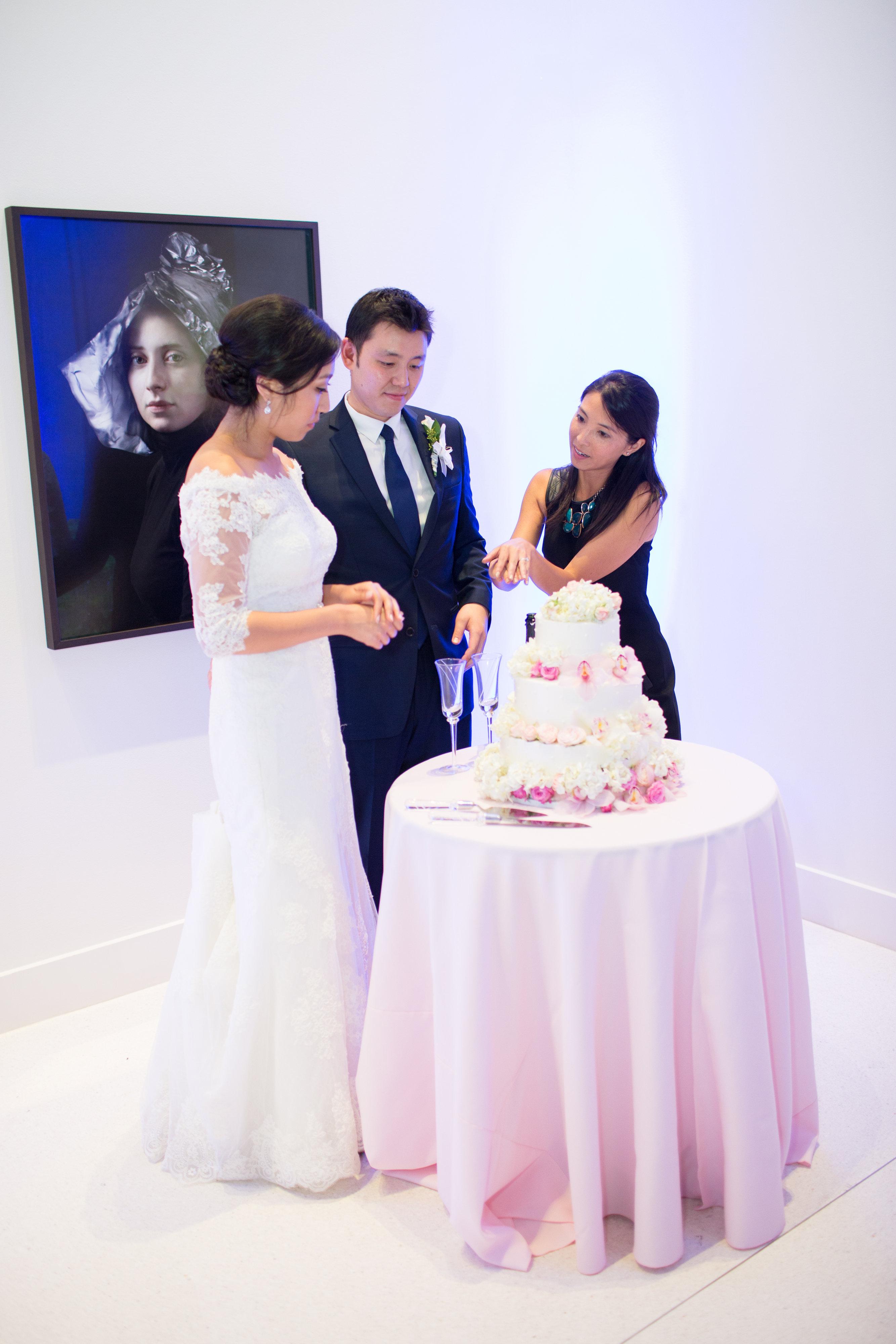 Hire a wedding coordinator