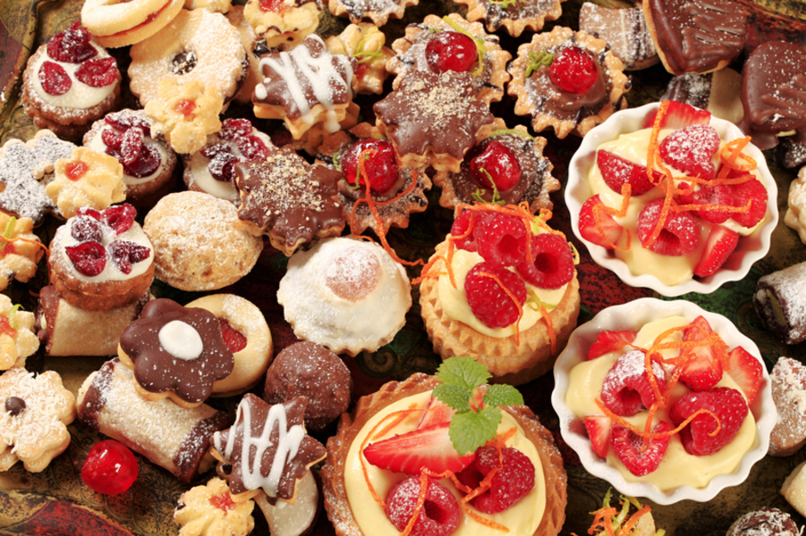 ssorted cookies and desserts