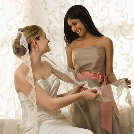 10 Tips To Choosing Your Maid Of Honor