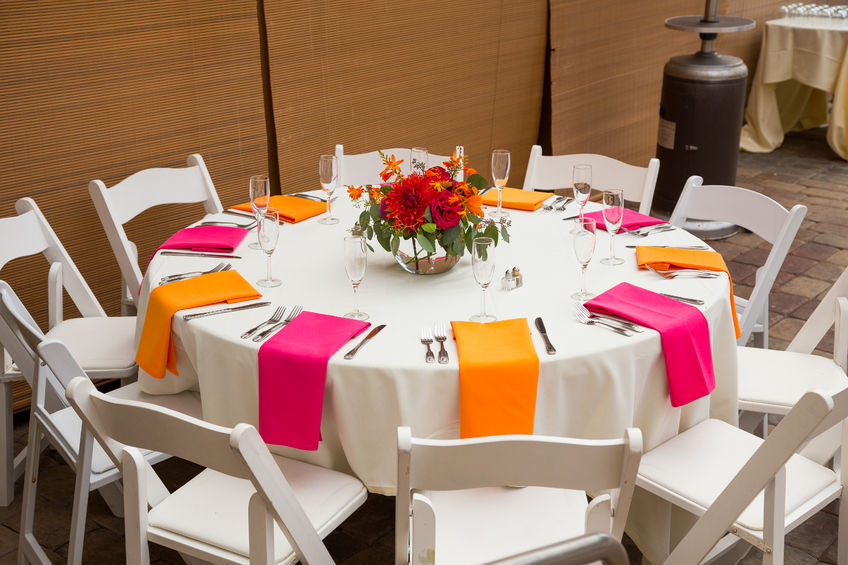 10 Ways To Create A Colorful Tablescape