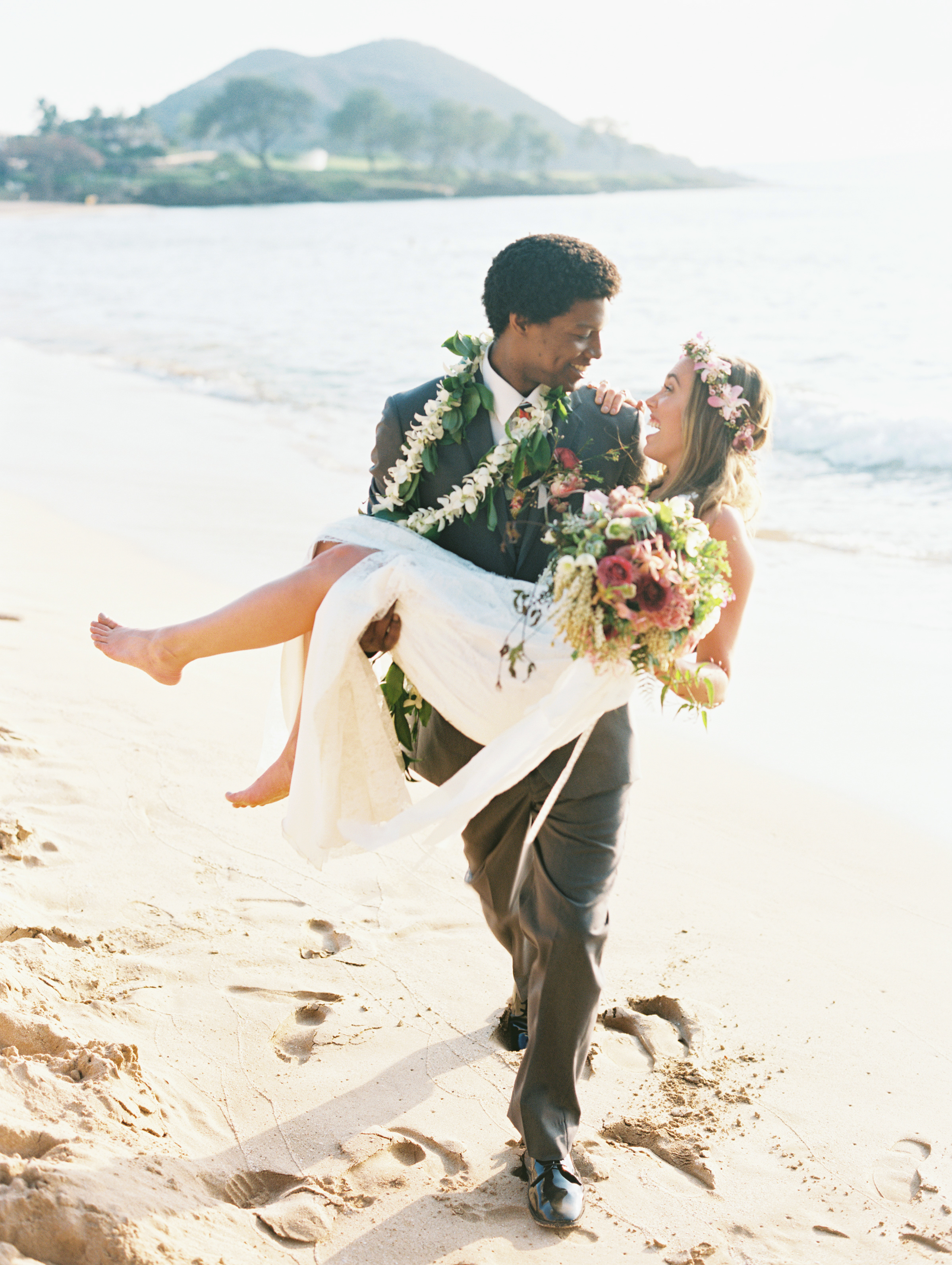 Laura & Star, Sugarman Estate, Maui, Wendy Laurel Photography