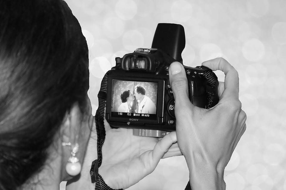 Photographing the bride & groom