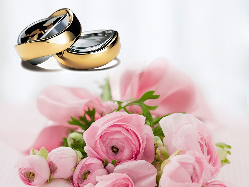 Personalize your wedding rings