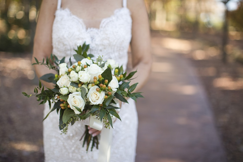 Your bridal bouquets indicate formality of your wedding