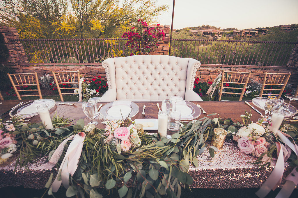 Fire-Rock-Country-Club-Copperwynd-Resort-Up-Close-Bride-Grooms-Table