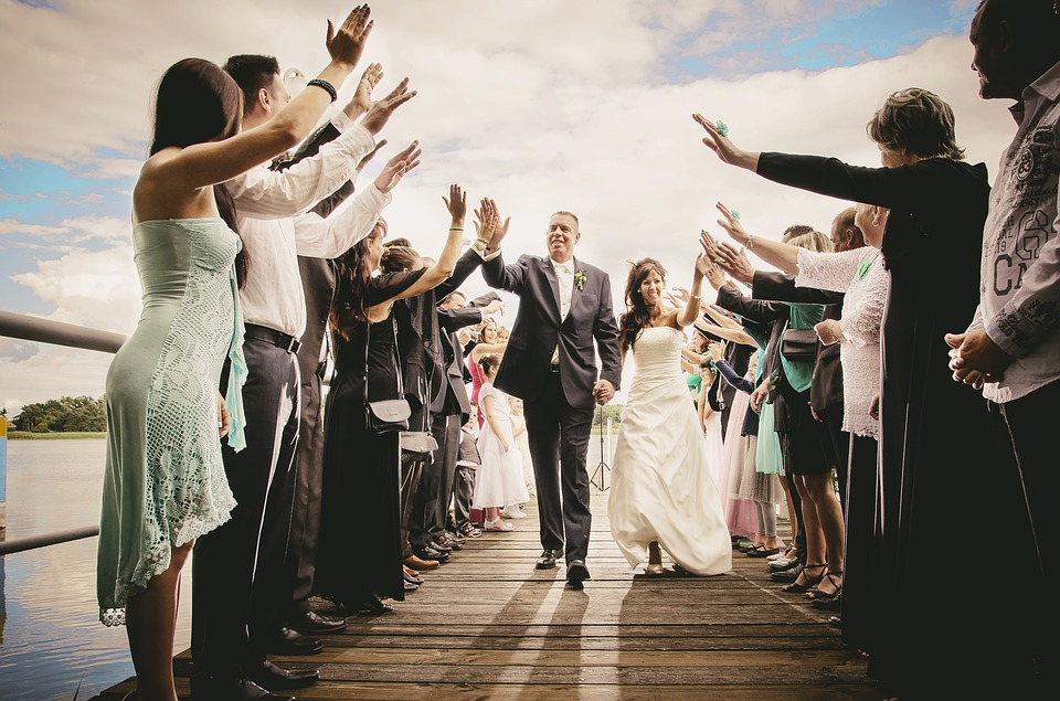 Who Pays For The Wedding When The Bride And Groom Are Older?