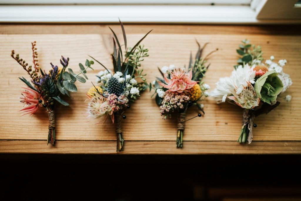 3 fall wedding bouquets