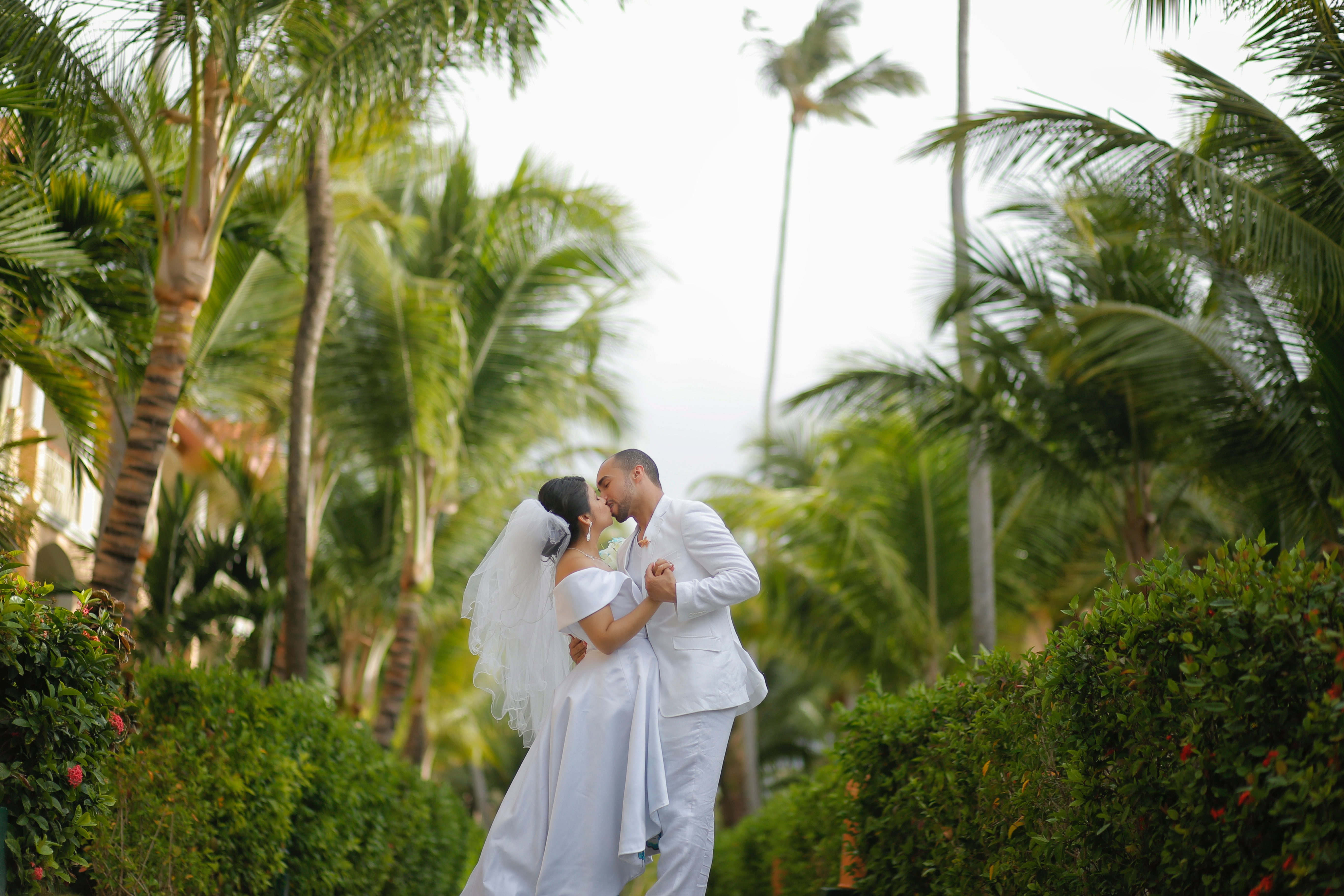 How To Choose Your Resort For An All-Inclusive Destination Wedding
