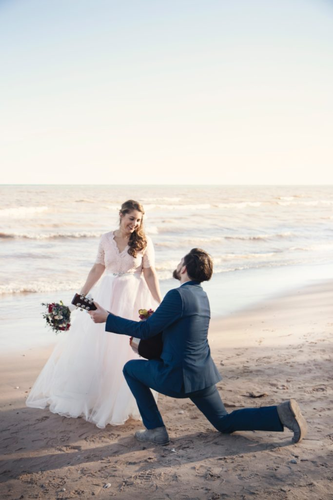 Wedding by the shore