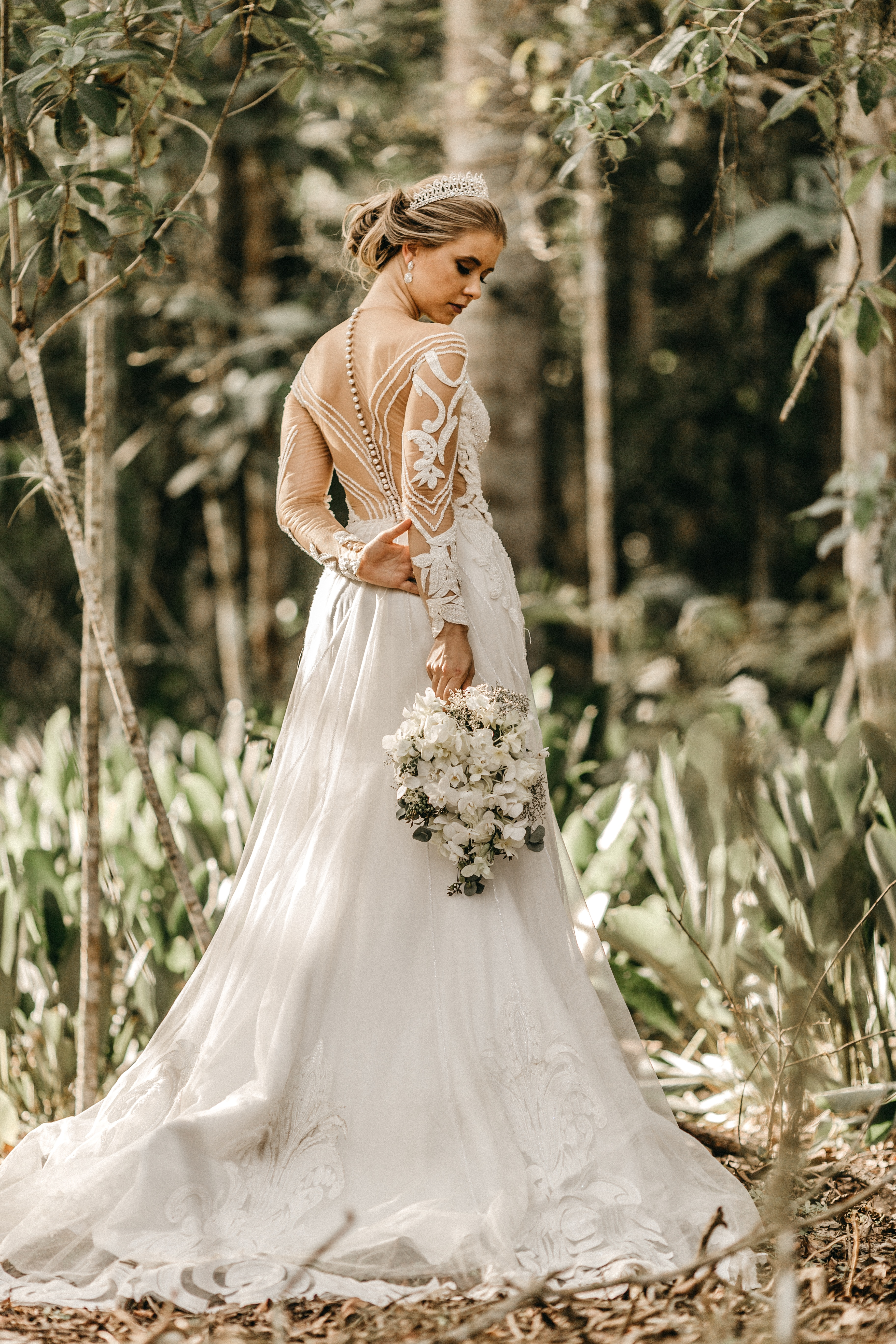 Choosing Your Wedding Dress Fabric
