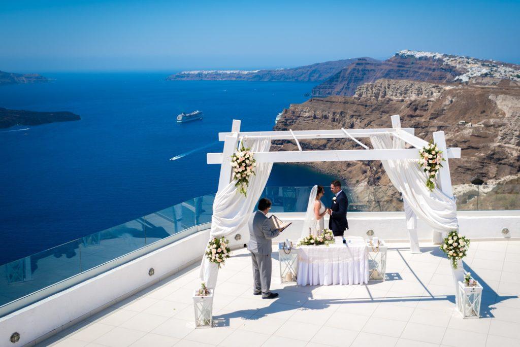 Choose a memorable vow destination