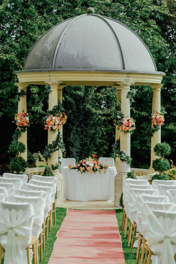 Outdoor wedding set under dome