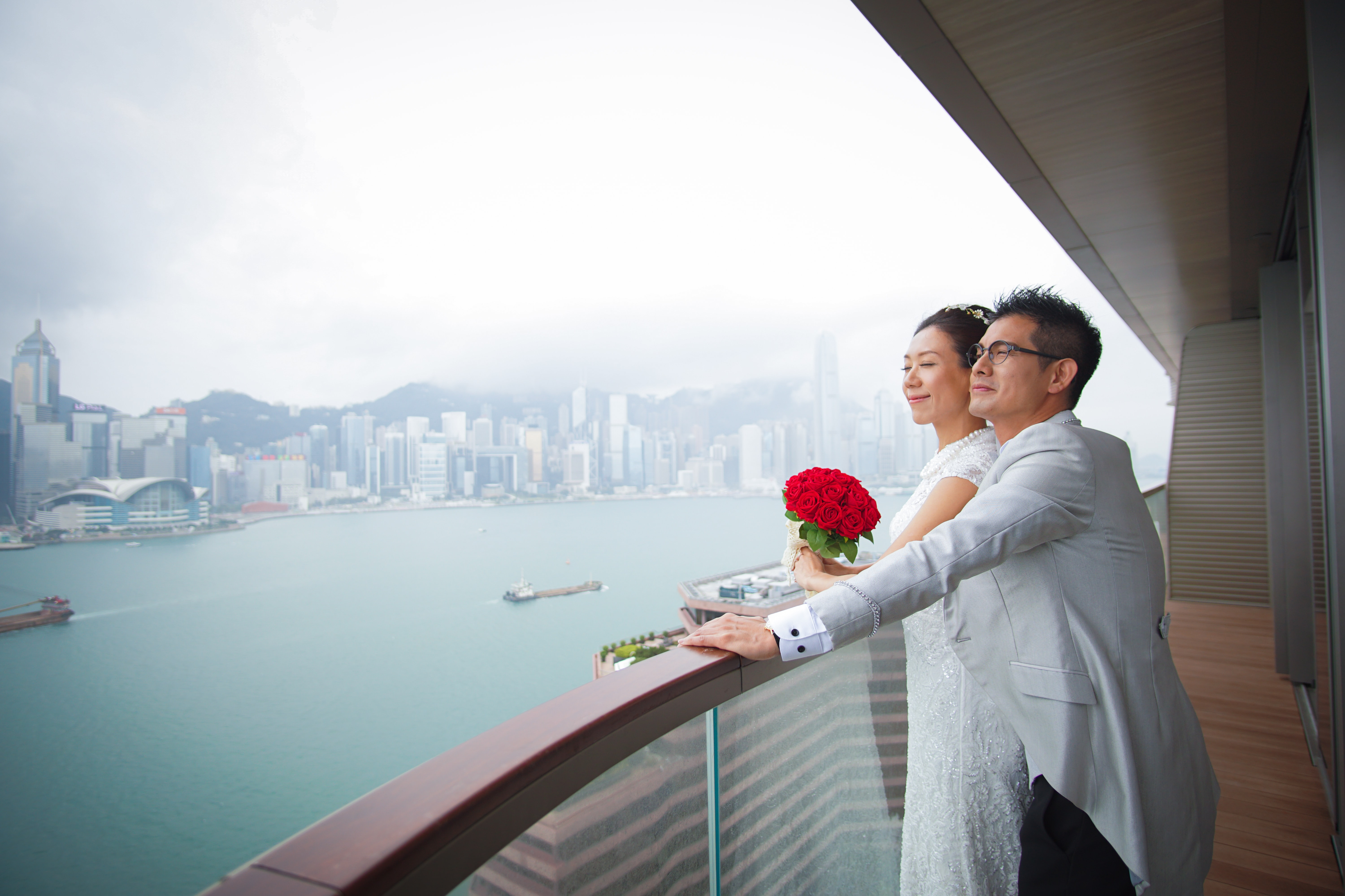 Pros and Cons of Getting Married on A Cruise Ship