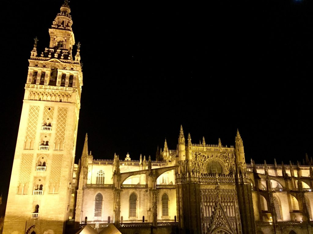 Nighttime view of Sevilla Cathedral