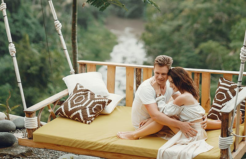 What You Need to Know about Coronavirus Honeymoons