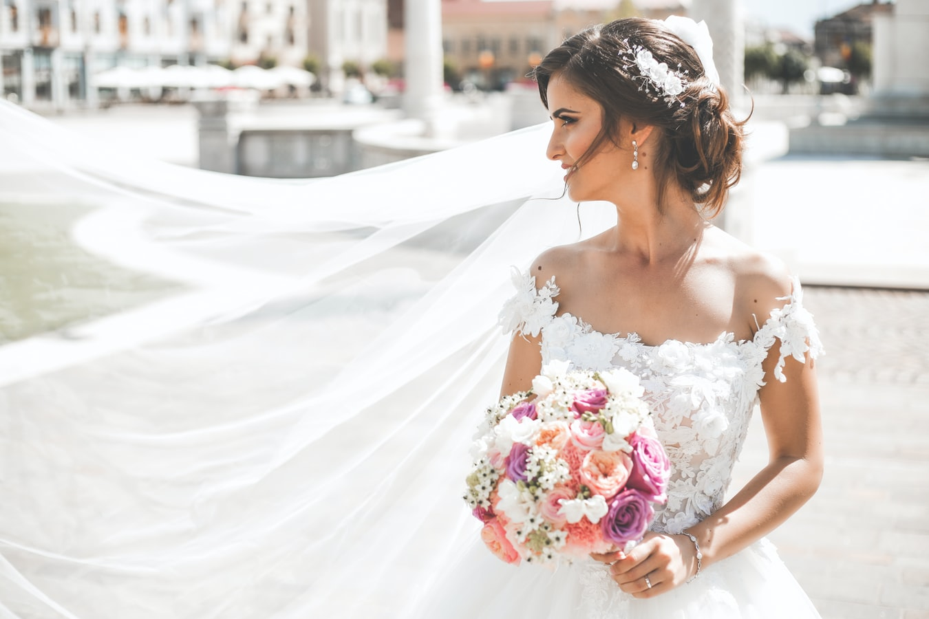 7 Bridal Accessories You'll Need on Your Wedding Day