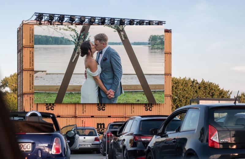 Five Ideas for Weddings Under $500
