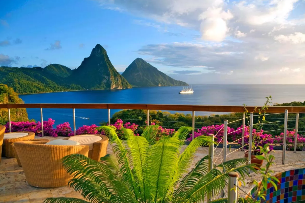 A True Tropical Paradise for Adults: Your St. Lucia Honeymoon