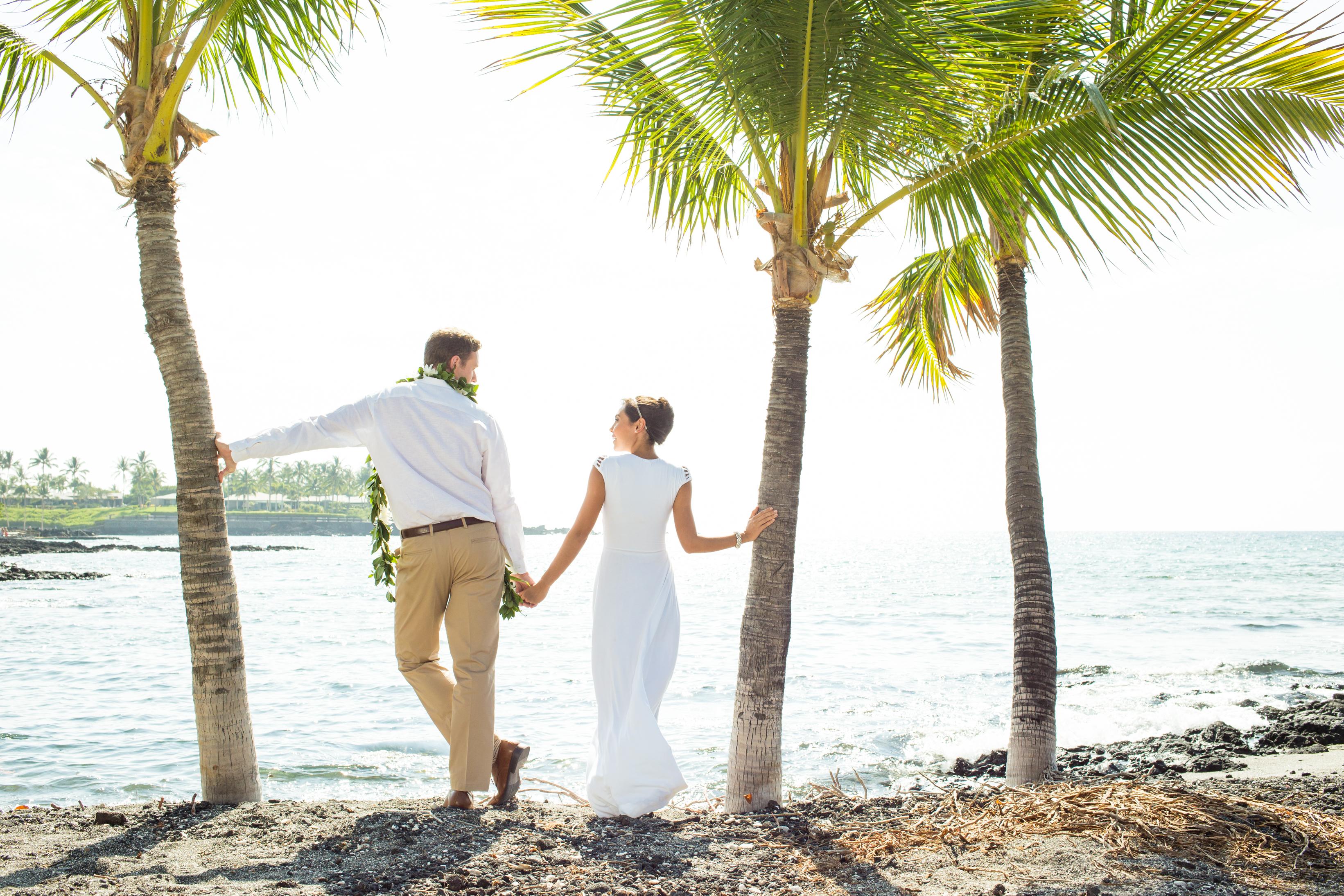 A Hawaii Honeymoon is a Newlyweds' Tropical Paradise