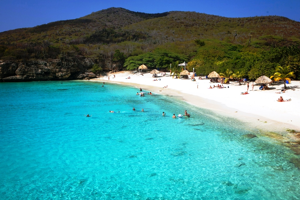 Honeymoon in Curaçao for a Small and Charming Island Getaway in the South Caribbean Sea