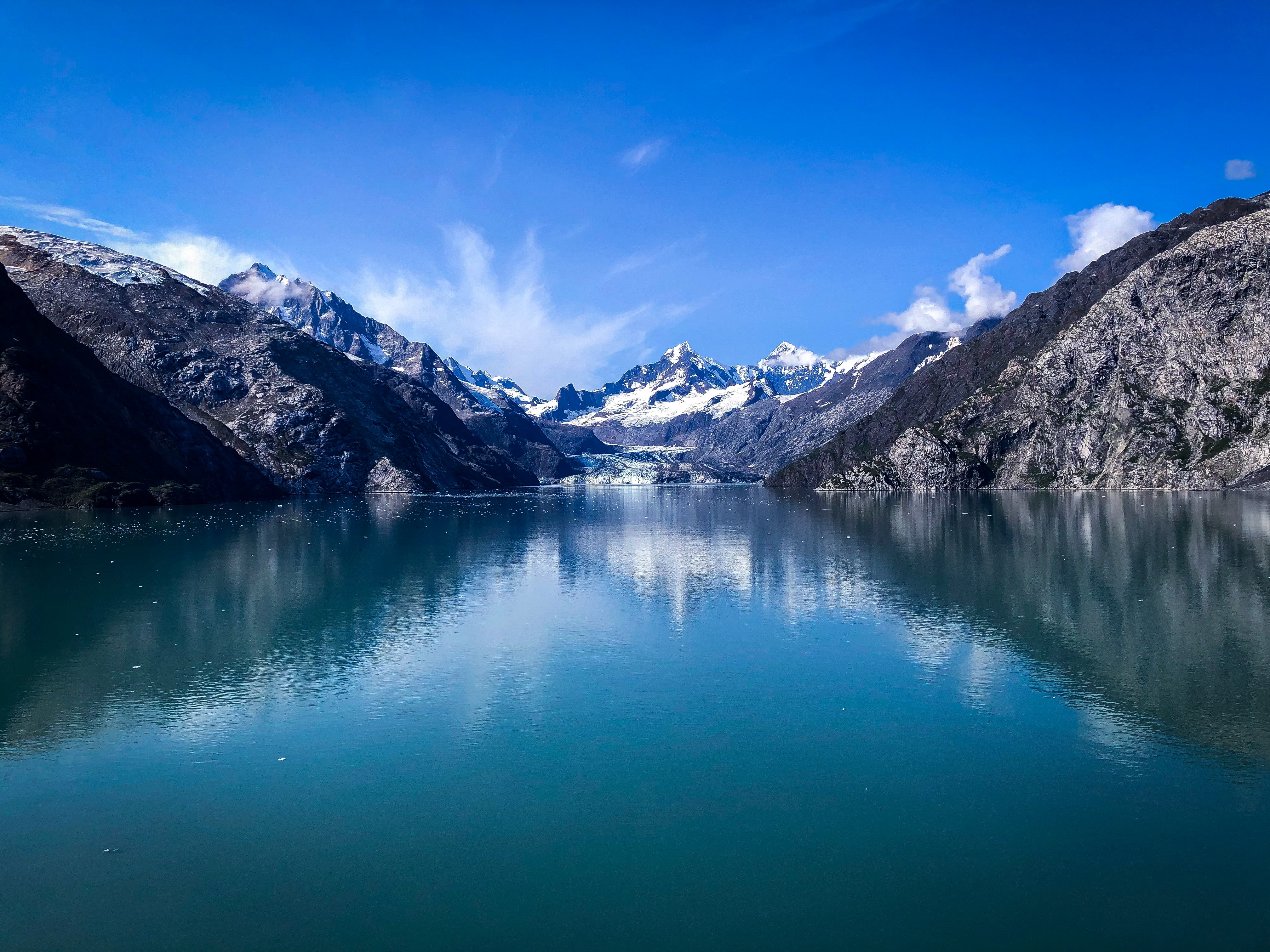 """Escape into the Wild and Beautiful """"Last Frontier"""" On Your Alaska Honeymoon"""