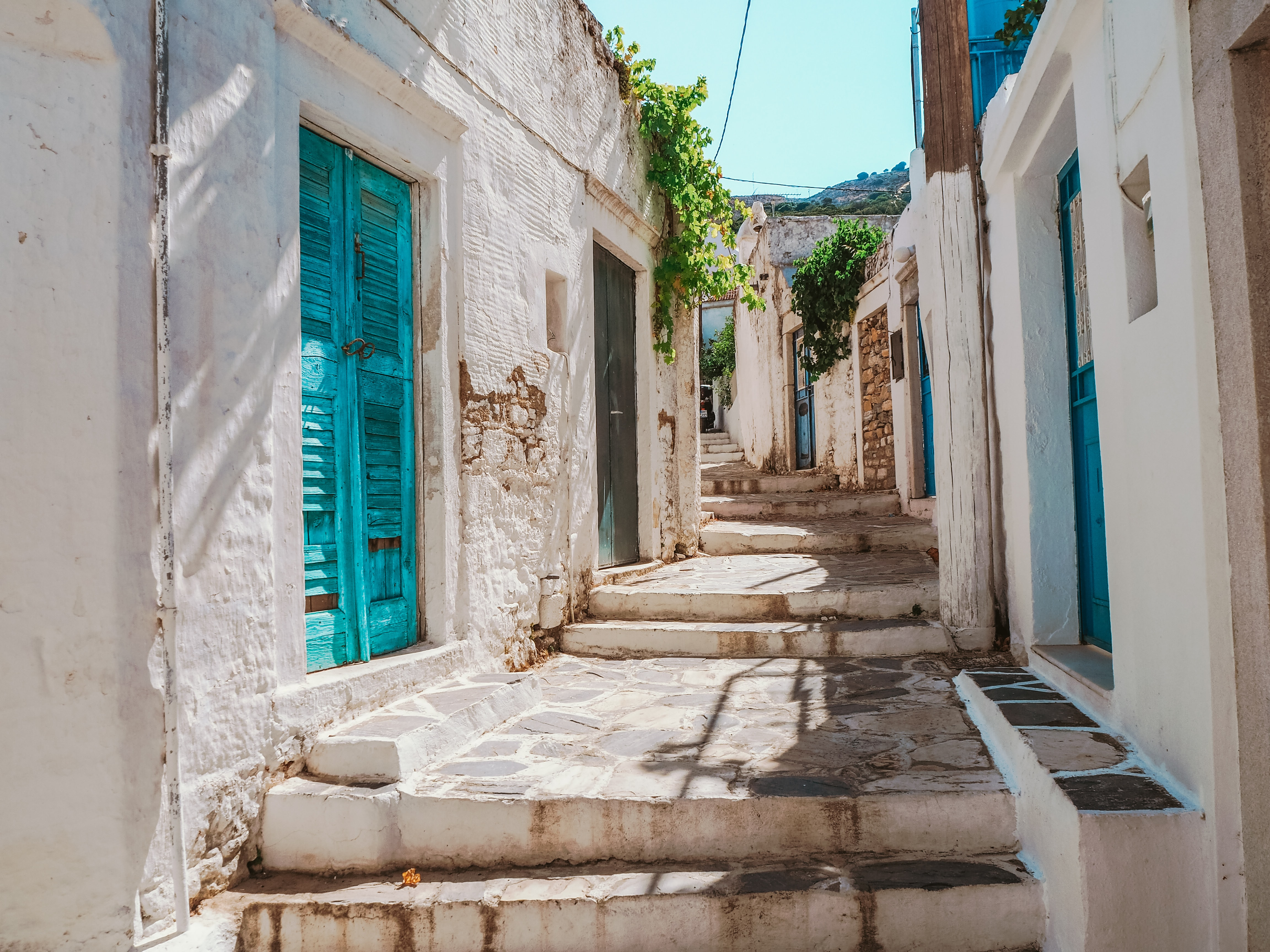 Enjoy Ancient History and a Foodie's Paradise on Your Greece Honeymoon