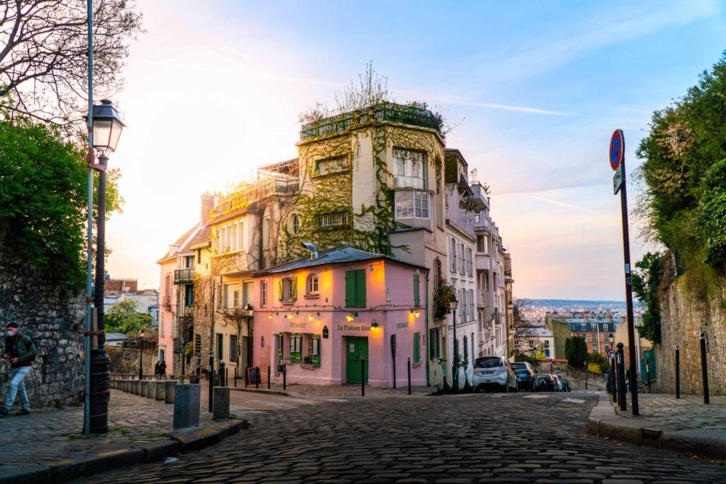 La Maison Rose à Paris, Montmartre, Paris, France